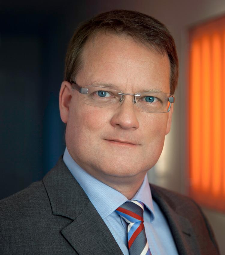 Dr. <b>Jürgen Kolb</b> - portrait-gang-klein